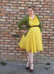 Yellow polka dots 1